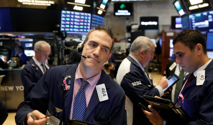7 Smart Market Thinkers Predict When the Next Recession Will Start