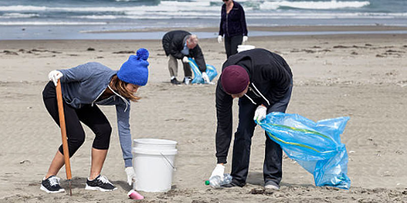 Priority Gold's Community Outreach - Cleaning up trash on the Santa Monica Beach