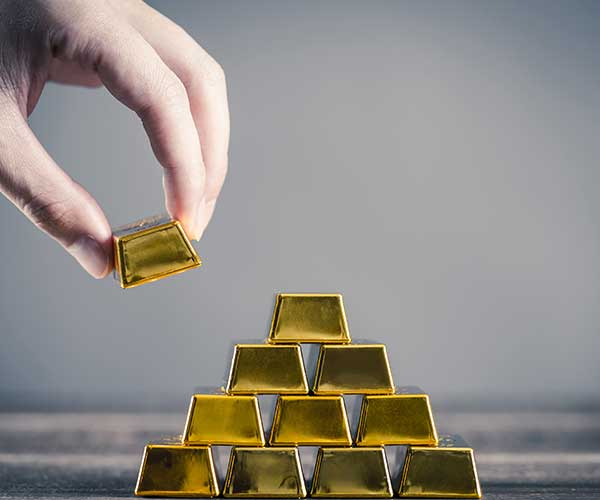 5 Reasons You Should Invest in Gold